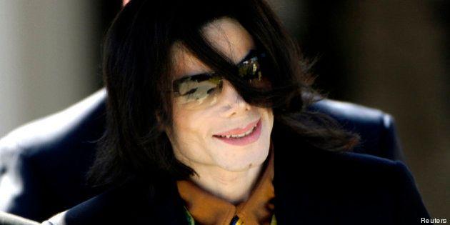 Michael Jackson aurait eu une relation avec l'amant de Liberace, Scott