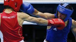 Un arbitrage litigieux en boxe fait ressortir des soupçons de