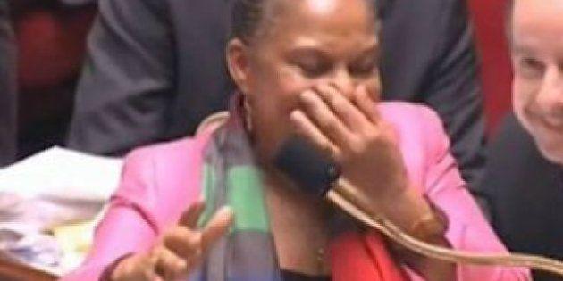 VIDÉO. Christiane Taubira est prise d'un fou rire au beau milieu des débats sur le mariage