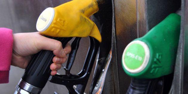 Le diesel et l'essence au plus haut à la pompe depuis début