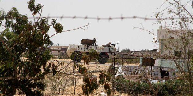 Raids d'hélicoptères égyptiens dans le Sinaï: 20 activistes