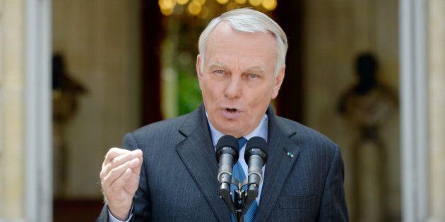Ayrault répond à la polémique Valls/Taubira sur la réforme pénale: