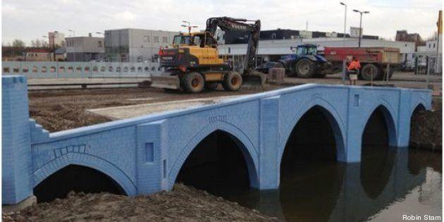 Les ponts des billets d'euro construits dans une même