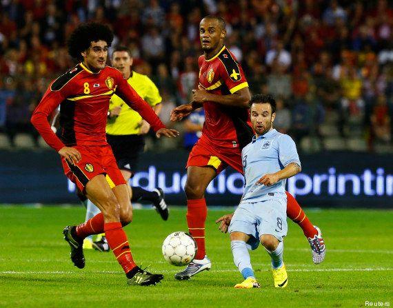Taille de Mathieu Valbuena : la photo prise pendant le match France-Belgique fait