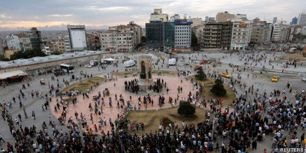 En Turquie, Erdogan n'exclut pas un référendum à Istanbul sur l'aménagement de la place