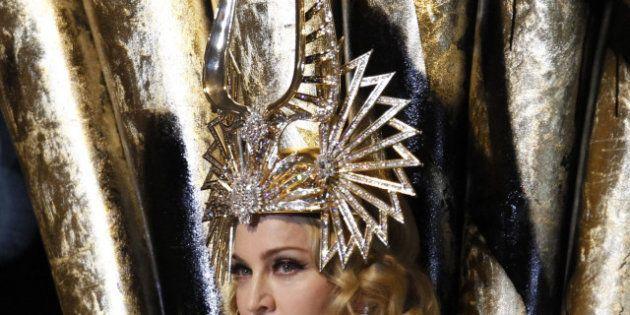 PHOTOS- VIDÉOS- À 54 ans, la Madonne fête-elle la fin de son
