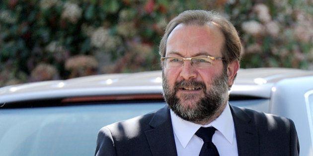 L'ex-maire d'Hénin-Beaumont, Gérard Dalongeville, condamné à quatre ans de prison dont trois ans