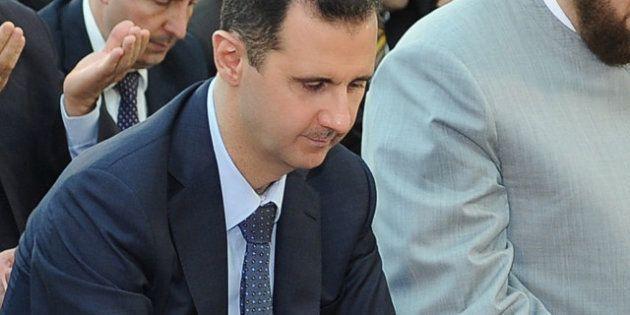 Syrie: première apparition de Bachar el-Assad depuis un mois dans une mosquée pour