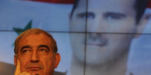 Les rebelles syriens réfléchissent à un gouvernement de transition, Damas prêt à discuter du départ de...