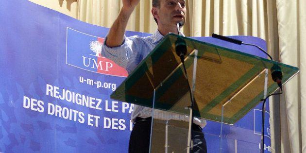 Dominique Dord, trésorier de l'UMP, dénonce le verrouillage du parti par Copé et soutient