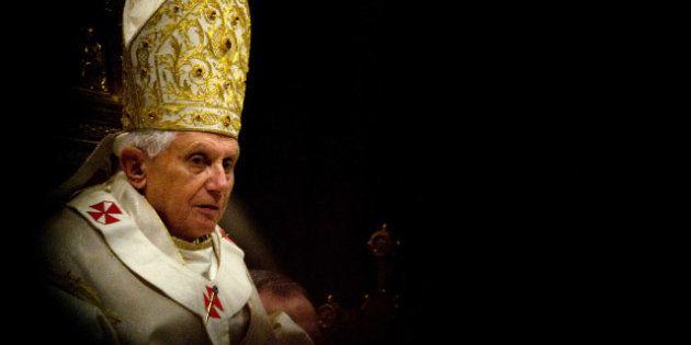 VIDEOS. Démission du pape: Benoît XVI face à son
