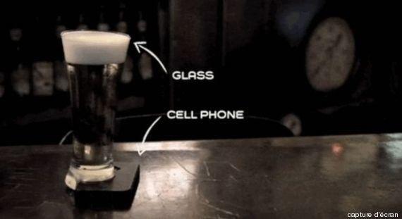 Fini les coups de téléphone et le surf sur Internet au bar avec le