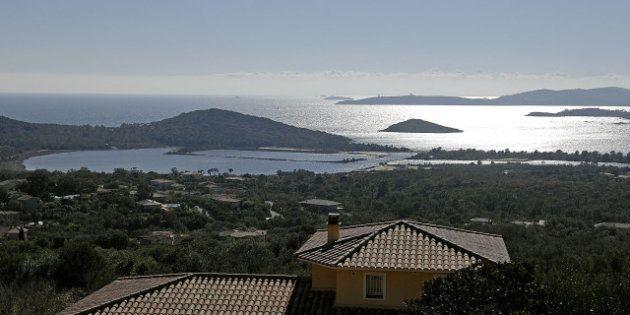 Attentats en Corse: deux blessés dans une série d'explosions contre des villas de