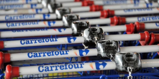 Plan sociaux: Carrefour va supprimer 600 postes, SFR, Sanofi et Arcelor-Mittal sur la sellette... Jusqu'où...