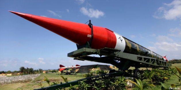 Dissuasion nucléaire: Obama propose de réduire d'un tiers les armes stratégiques américaines et