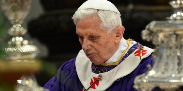 Benoît XVI dénonce