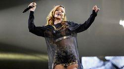 Rihanna se défend à coups de