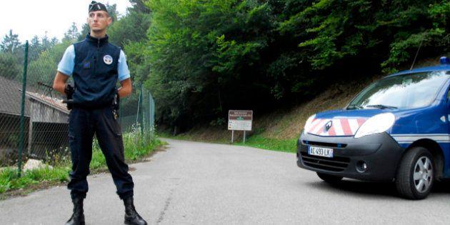 Les deux soeurs qui ont survécu à la tuerie en Haute-Savoie vont être l'objet d'un suivi