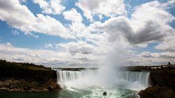 Le torse des chutes du Niagara