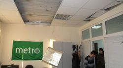 Les locaux du journal Metro dévastés par la pluie de