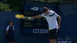 US Open : il sert à la cuillère... et se