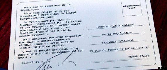 Traité budgétaire européen: Marine Le Pen distribue des cartes postales pour réclamer un
