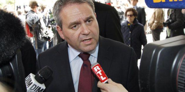 Présidence de l'UMP: Xavier Bertrand renonce pour briguer la primaire en