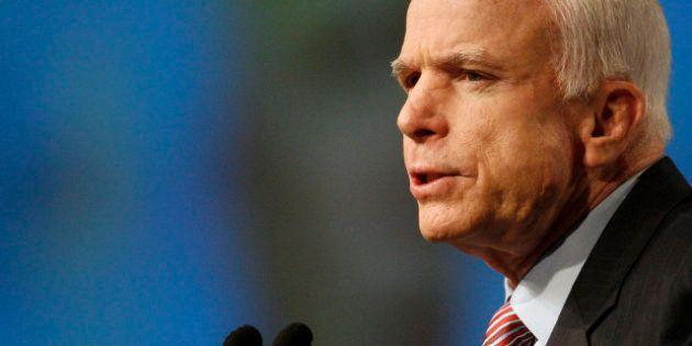 John McCain : les attaques contre les fonctionnaires américains en Libye étaient planifiées par des