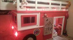 Il construit un lit-camion de pompier pour son