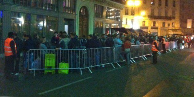 PHOTOS. REPORTAGE. iPhone 5: c'est déjà l'attente à Paris devant l'Apple Store