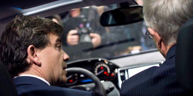 L'État vole au secours de PSA Peugeot-Citroën, PSA renonce aux dividendes et