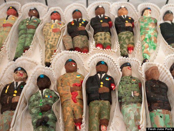 PHOTOS. Fubar: des barres au chocolat en forme de cadavres de soldats destinées à Barack