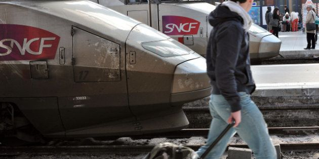 Grève SNCF: trafic perturbé mais situation calme dans la plupart des