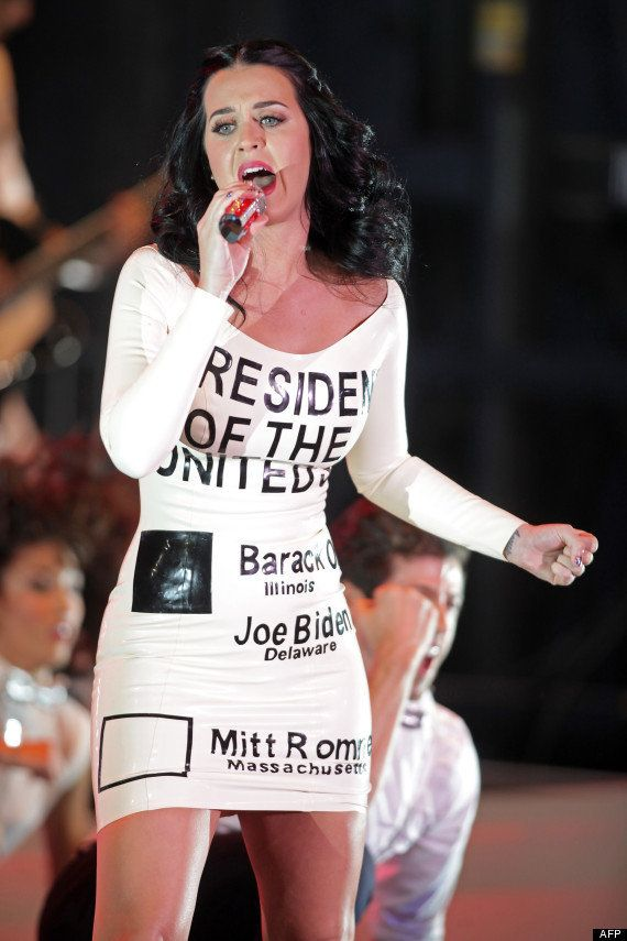 VIDÉOS. Katy Perry dévoile son soutien à Obama et le montre sur sa
