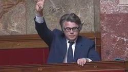 La bourde de Gilbert Collard qui vote trois fois à l'Assemblée