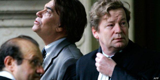 Affaire Tapie: Maurice Lantourne, l'avocat de l'homme d'affaires, mis en examen à l'issue de sa garde...