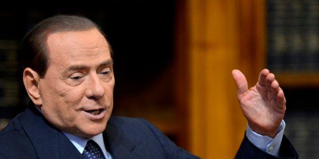 Silvio Berlusconi condamné, sa peine réduite à 1 an de prison pour fraude