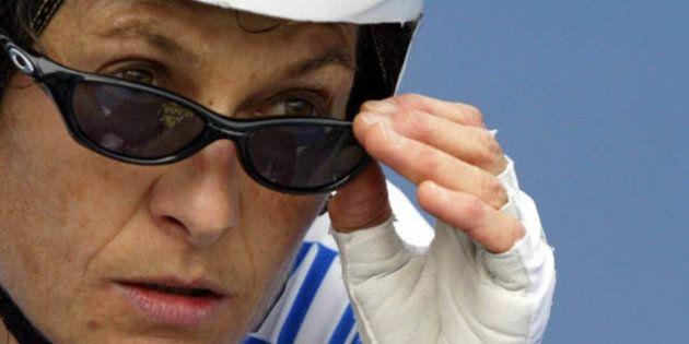 Affaire Armstrong : Jeannie Longo fustige l'acharnement contre