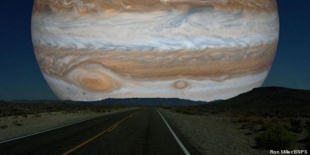 Ce à quoi ressemblerait le ciel si les planètes de notre système solaire prenaient la place de la