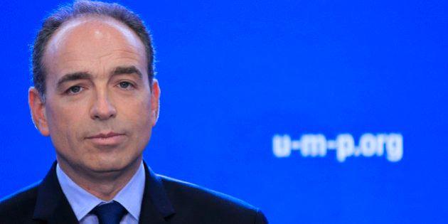 Vote de l'UMP: Copé reste président du parti jusqu'en 2015, les adhérents approuvent le principe d'une