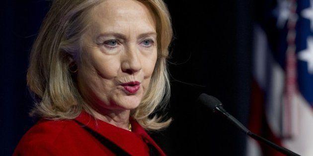 Hillary Clinton gagne plus d'argent en une conférence qu'en une année en tant que secrétaire