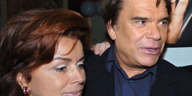 Municipales: Bernard Tapie ne sera pas candidat, c'est sa femme qui le