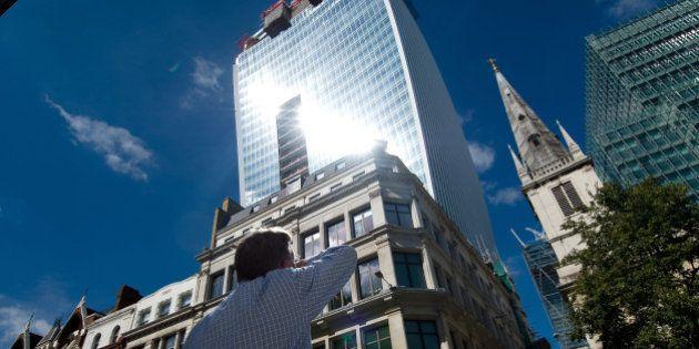 PHOTOS. Un gratte-ciel de Londres accusé de faire fondre les