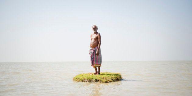 PHOTOS. La montée des eaux, due au réchauffement climatique, met en danger les îles du