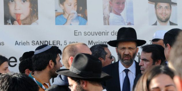 Netanyahu et Hollande à Toulouse pour un hommage aux victimes de Merah, tandis que les familles des victimes...