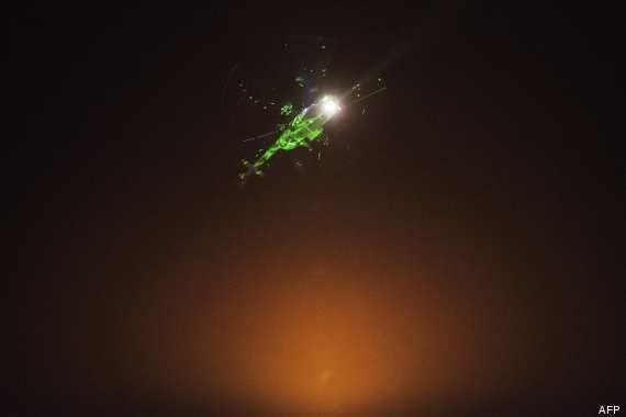 VIDEO. Manifestations en Egypte: des rayons laser illuminent les hélicoptères de