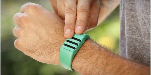 Gadget d'espion: un bracelet enregistreur a été mis au point aux
