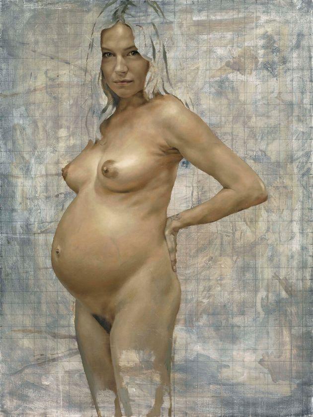 PHOTO. Sienna Miller a posé nue et enceinte pour l'artiste Jonathan