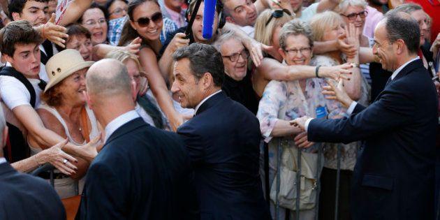 Revivez la folle visite de Nicolas Sarkozy à l'UMP pour un bureau politique de