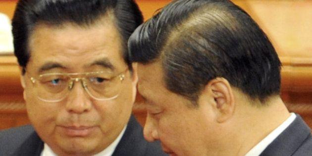Ouverture du congrès du PC chinois: Hu Jintao cède la place à Xi Jinping avec un cri d'alarme